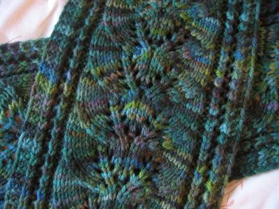 Drop Leaf Knitting Pattern : SCARF KNITTING STITCH PATTERNS KNITTING